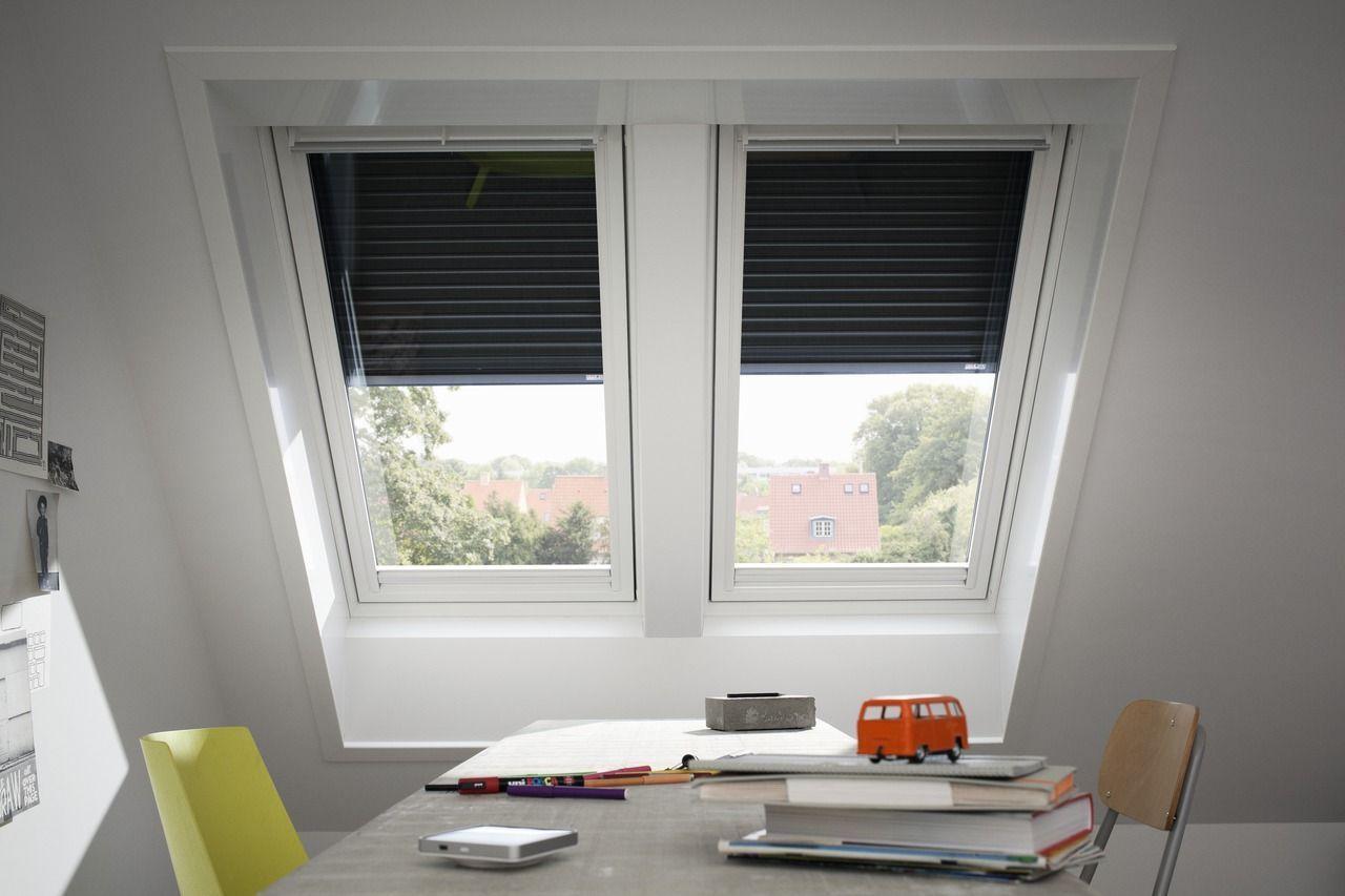Lucernari e finestre per tetti infissi porte e for Velux lucernari